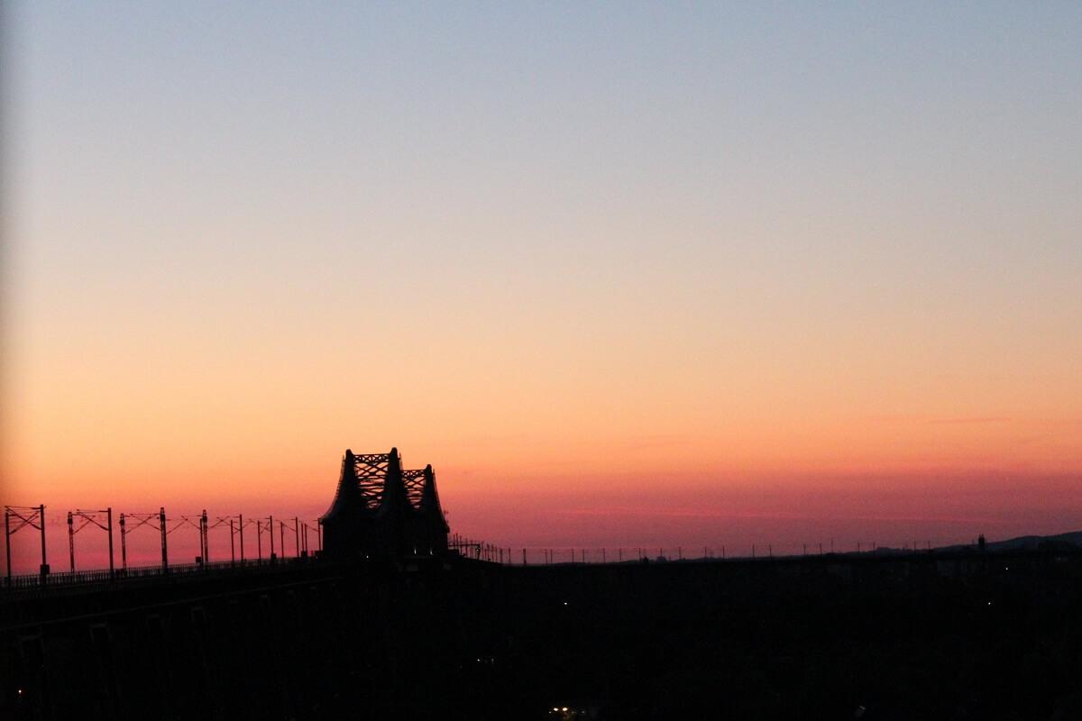 Die Hochbrücke Rendsburg im Abendlicht
