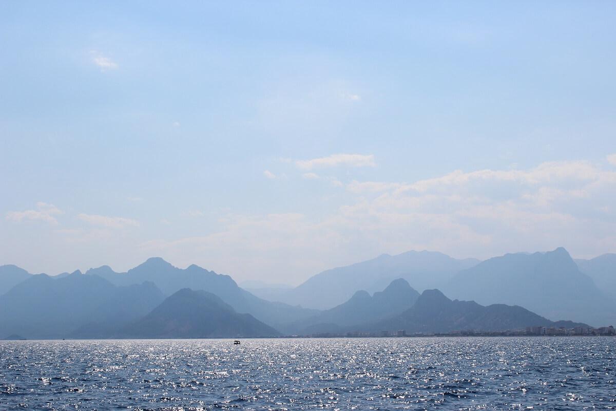 Staffelung der Berge nahe Antalya