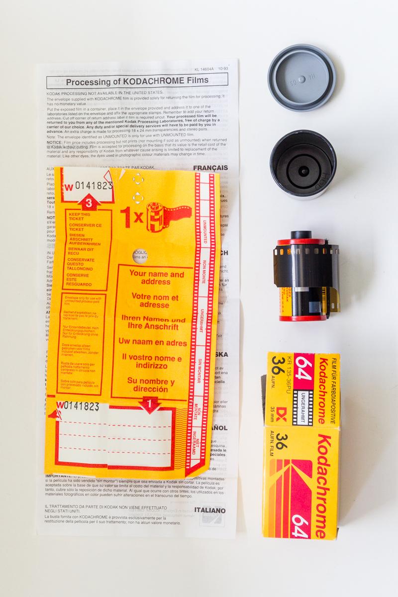 Verpackungsinhalt einer Rolle Kodachrome